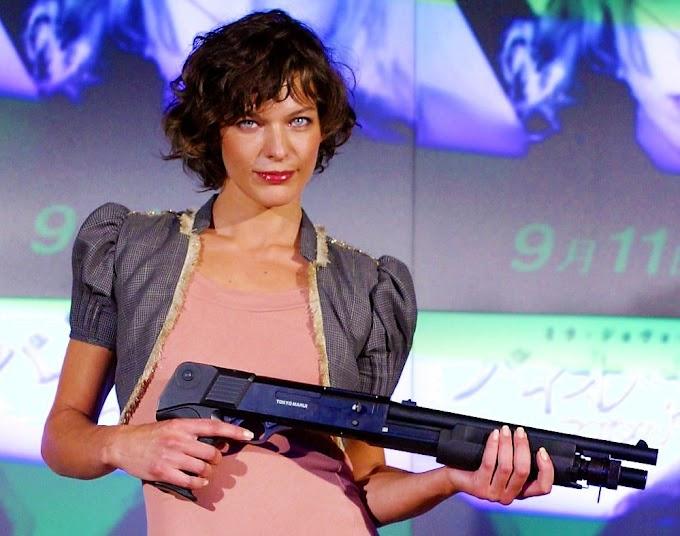 Мила Йовович - един Стрелец на 45: Заразен чар с убийствени зелени очи (ГАЛЕРИЯ)