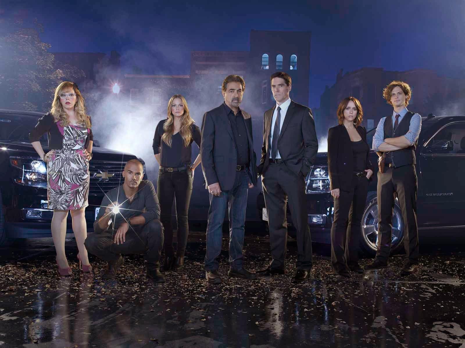 Criminal Minds Round Table Criminal Minds Season 10