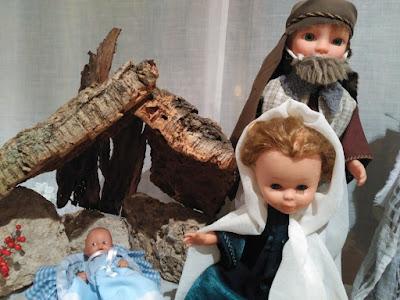 nacimiento personalizado con Nancy de Famosa