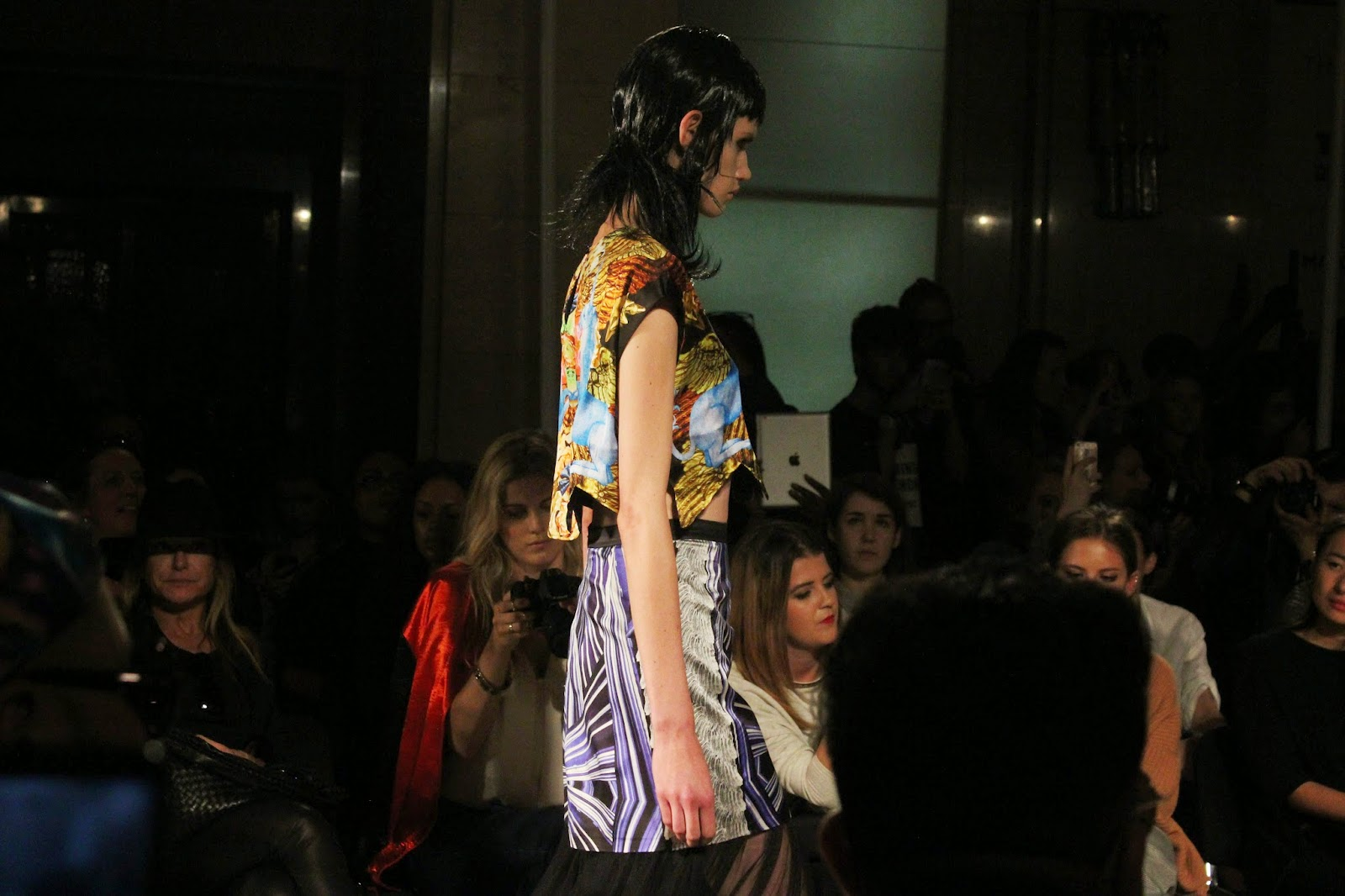 london-fashion-week-2014-lfw-spring-summer-2015-blogger-fashion-Dora-Abodi-catwalk-models-freemasons hall-fashion-scout-crop-top-skirt
