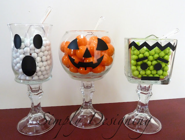 Halloween Candy Jars #halloween #candy #fall #vinyl #dollarstorecrafts