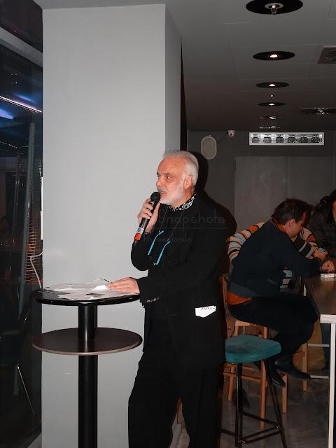 """Επίδειξη μόδας στο """"Veranda"""" balcony bar"""