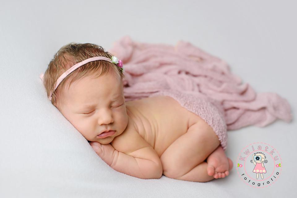 Śliczna mała dziewczynka