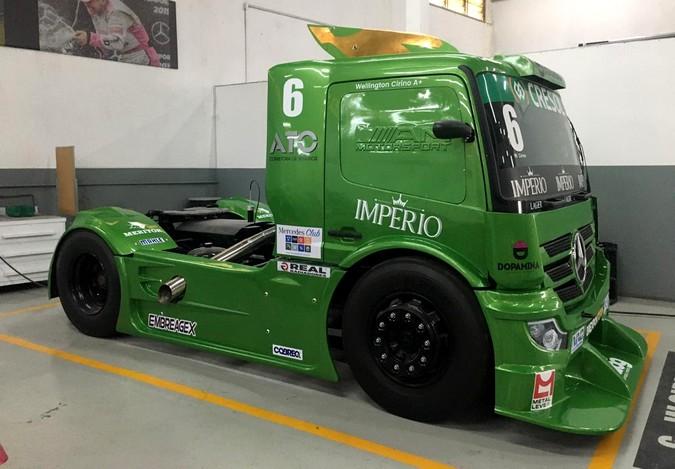 Frente do Novo Actros estará nos caminhões da Copa Truck
