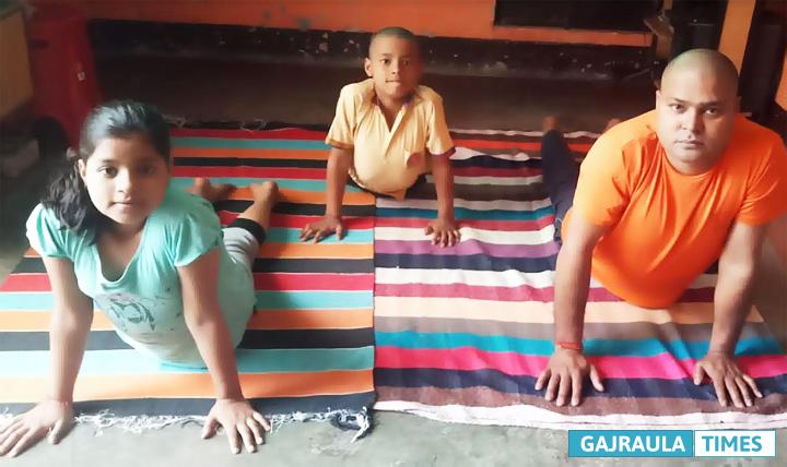 yogasan-corona-uttam-prajapati