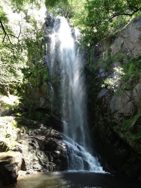 Cascada de Augacaída en Pantón