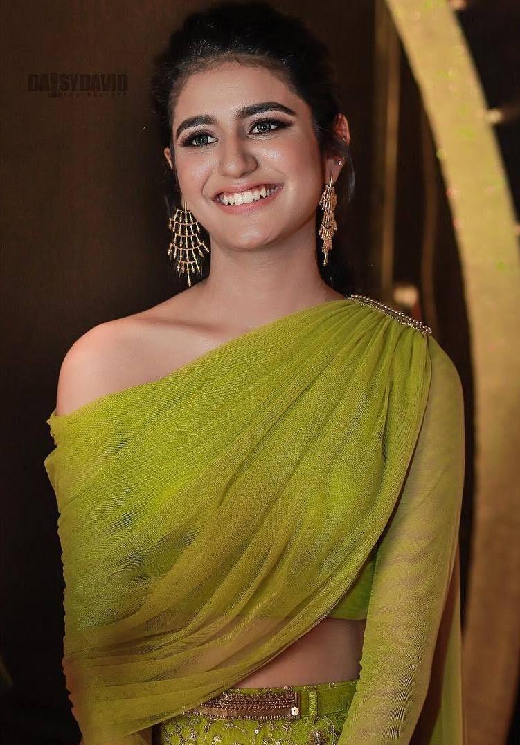 Oru Adaar Love ki प्रिया  प्रकाश ने अपने इंस्टाग्राम  के अकाउंट को डीऐक्टिवेट करदिया