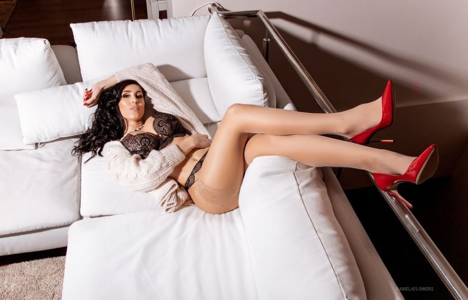 PamelaFlowers Model GlamourCams
