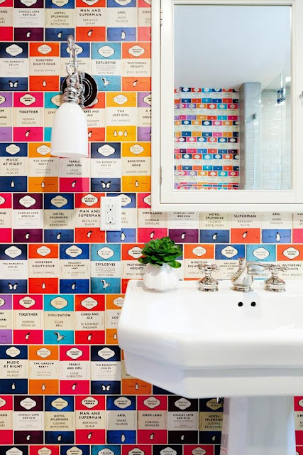 tapeta za umywalką