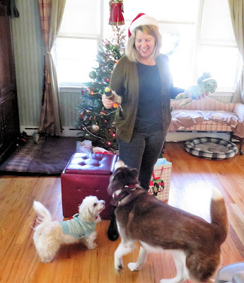 Christmas with Icy and Phoebe