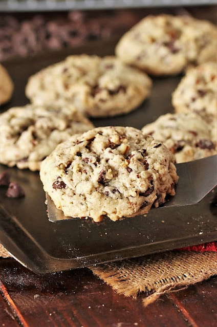 Signature DoubleTree Chocolate Chip Cookies Image