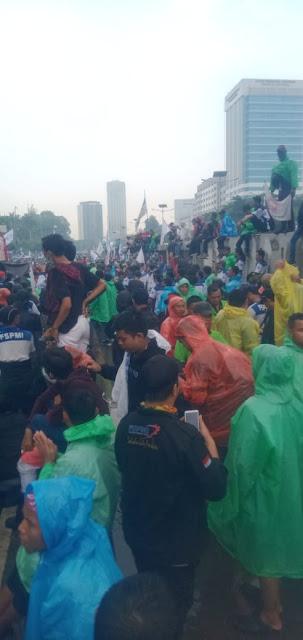 Suasana Demo buruh terkait Omnibus Law 20 Januari 2020