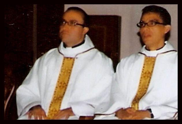 Noticias impactantes del mundo dos sacerdotes con sida for Jardineros a domicilio bogota