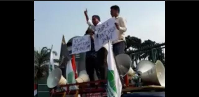 "Beredar Video Tolak Pelantikan Jokowi, Netizen Bilang, ""Provokator yang Mau Rusak Konstitusi"""