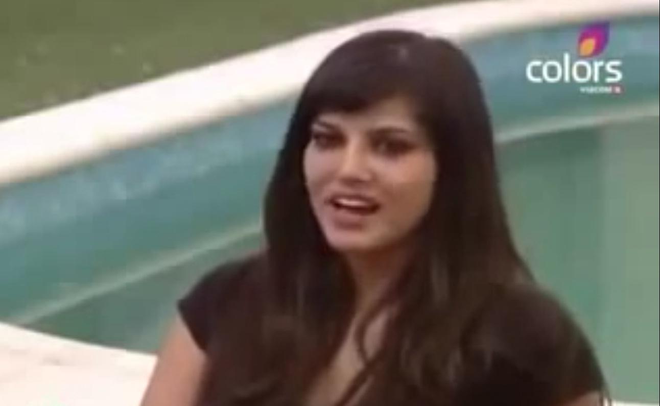 Sunny Leone Sexy Ghoda Wala