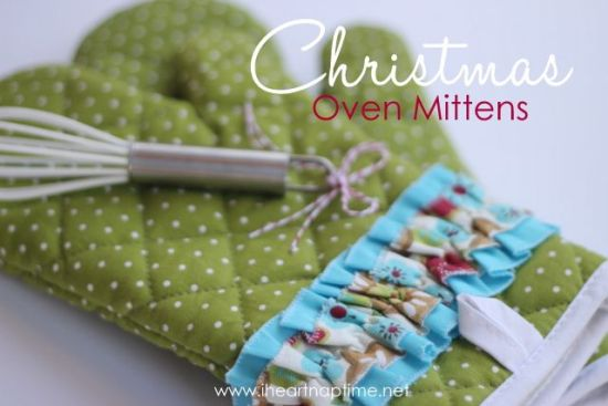 DIY Christmas gift idea - Christmas Oven Mittens