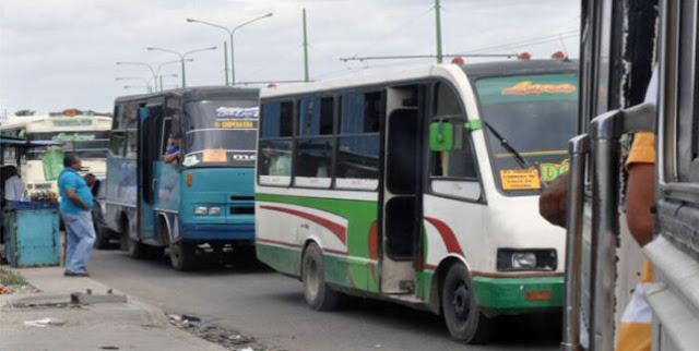 TRANSPORTISTAS EN LARA EXIGEN PASAJE A 25 CENTAVOS DE DÓLAR