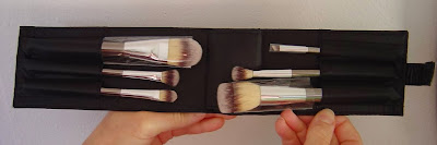 IT Cosmetics Heavenly Luxe 6-Piece Brush Collection With Travel Case.jpeg
