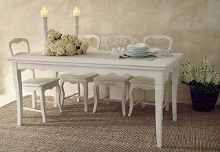 mesa de comedor blanca vintage
