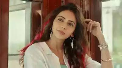 Rakul Preet Singh wore T shirt hanging on the wall video viral