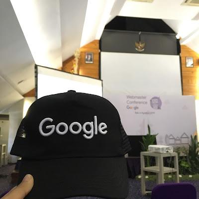 topi goodiebag google webmaster conference bali