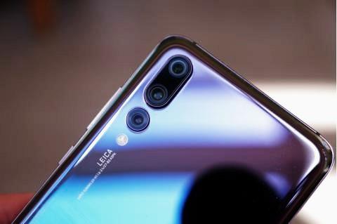 iPhone , Samsung Lewat ! perkenalkan Ponsel Terbaik di Tahun 2018