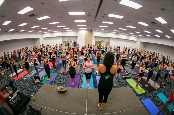 Frobunni | Yoga Expo