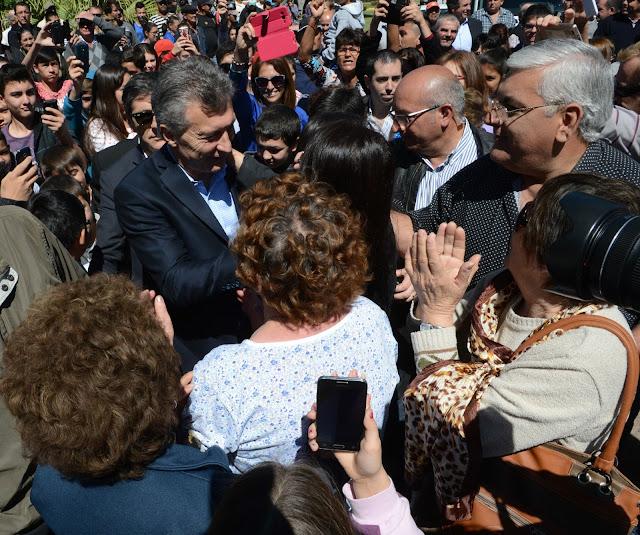El Presidente visitó la localidad de Lanteri, en la provincia de Santa Fe