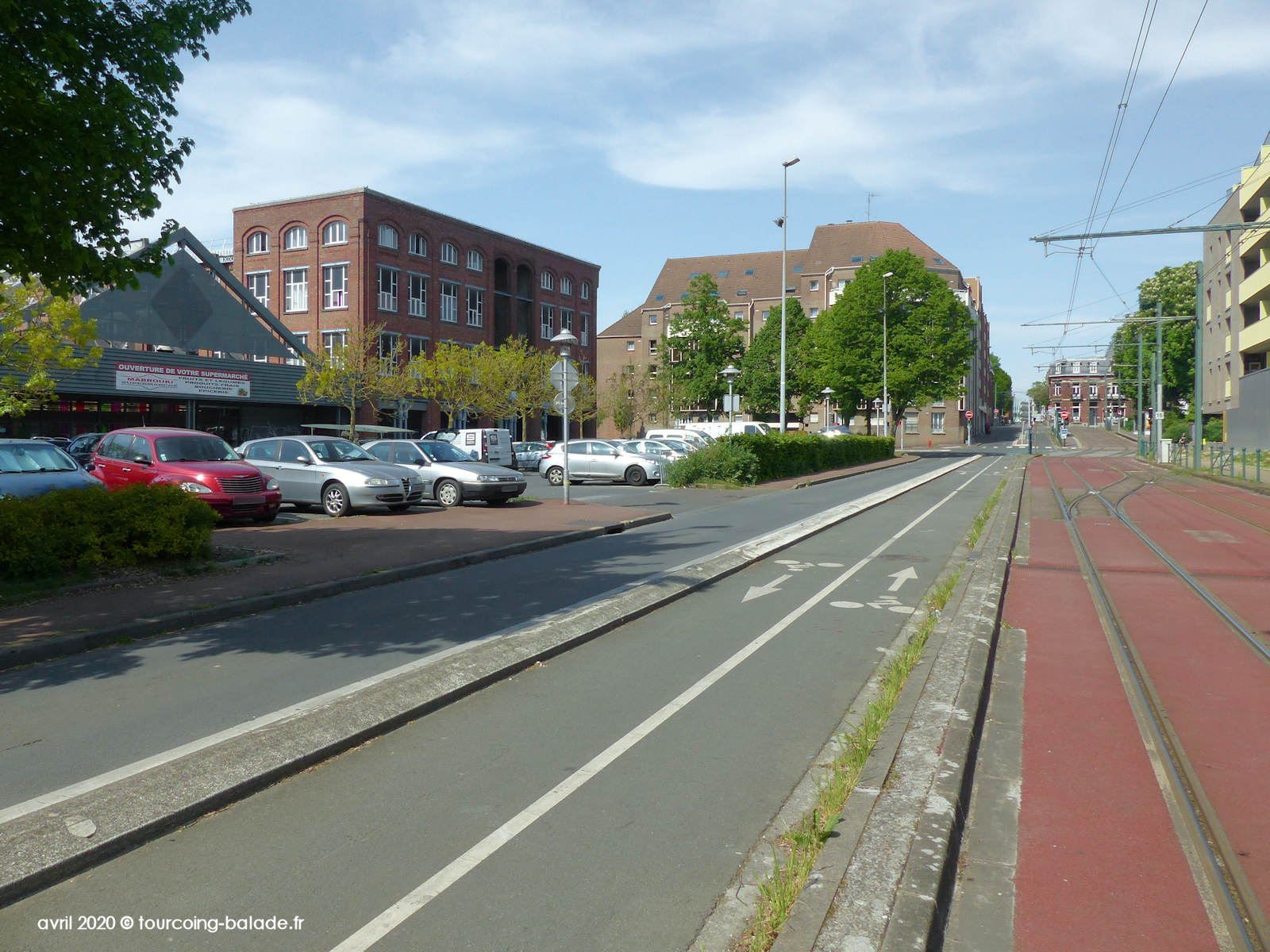 Avenue Pompidou, Mabrouki supermarché, Tourcoing 2020