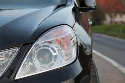 Cara Agar Lampu Mobil Tidak Berembun