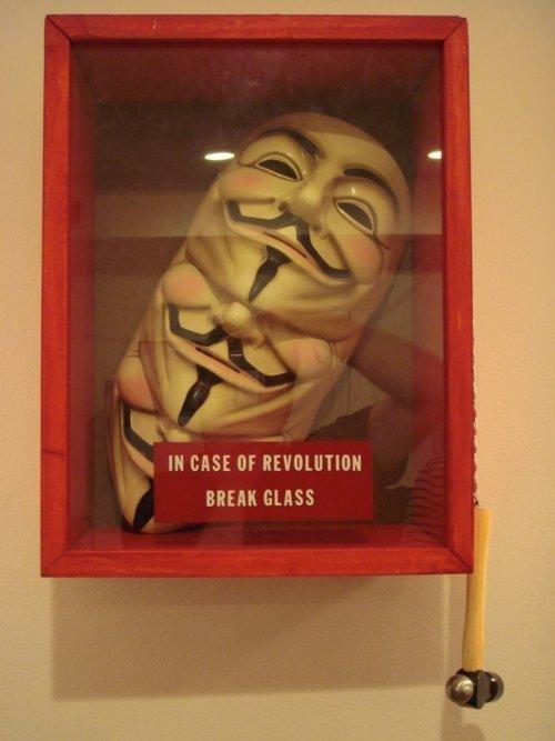Anonymous promete