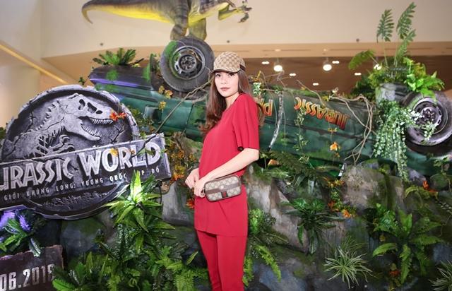 Hồ Ngọc Hà Jurassic World
