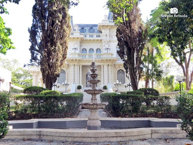 Palacete Violeta (fonte e fachada)
