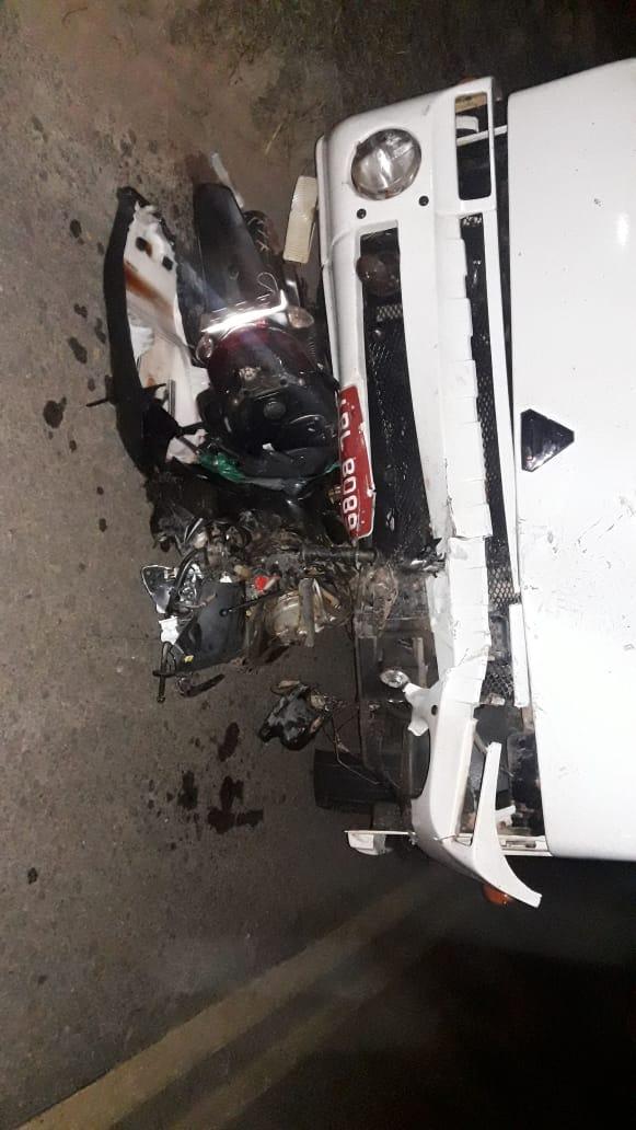MOTOCICLISTA MORREU APÓS COLIDIR COM CARRO NA BR 404 ENTRE OS MUNICÍPIOS DE PORANGA E ARARENDÁ