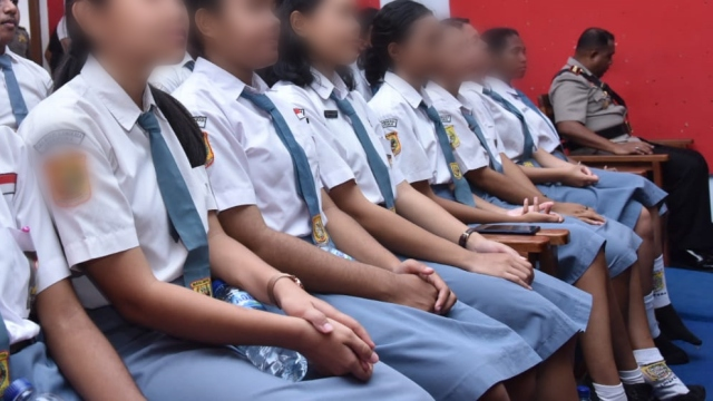 Diajak Jalan-jalan ke Jakarta, 4 Siswi SMA Jayapura Diduga Dip*rkosa Politikus-Pejabat Kementerian