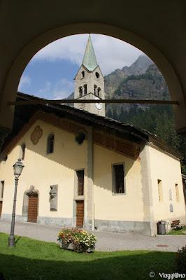 La Chiesa del borgo montano di Gressoney Saint Jean