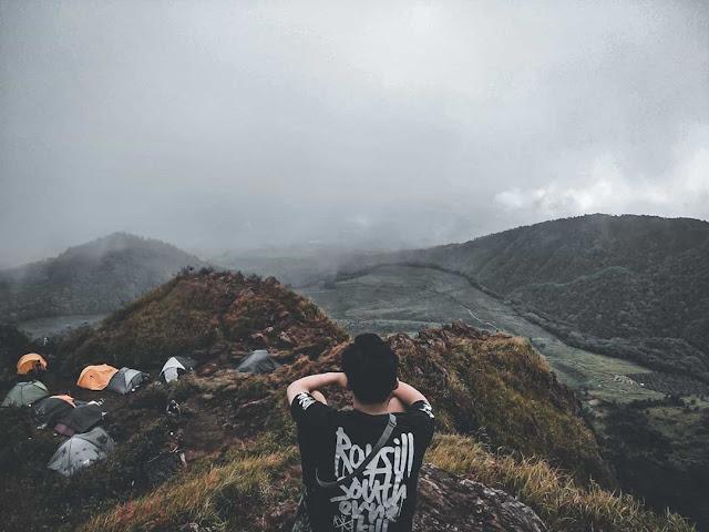 Pemandangan yang indah berada tepat dibawah puncak gunung Ungaran