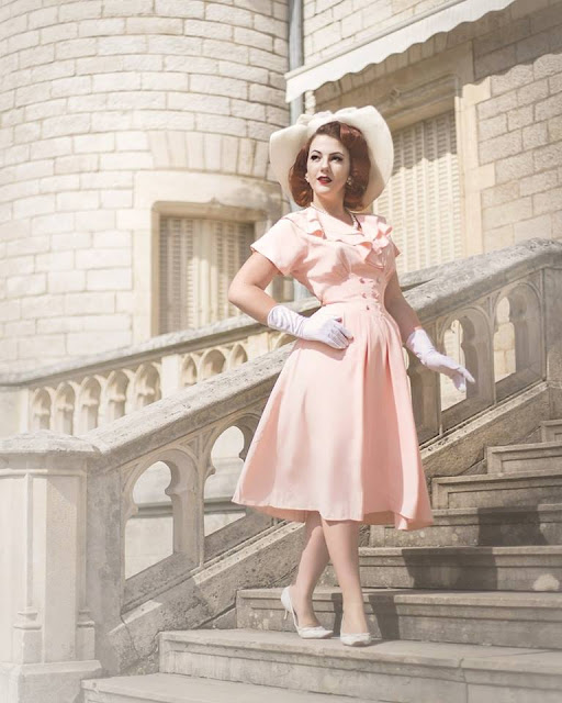 A Look Into France's Trendy Pin-up Subculture With Marion Drand