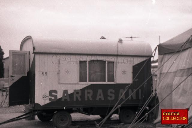 petite roulotte d'habitation de 3 mètres