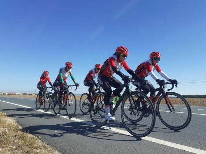 Las cadetes del Río Miera - Meruelo disfrutaron de una gran experiencia en la I Challenge provincial de Salamanca