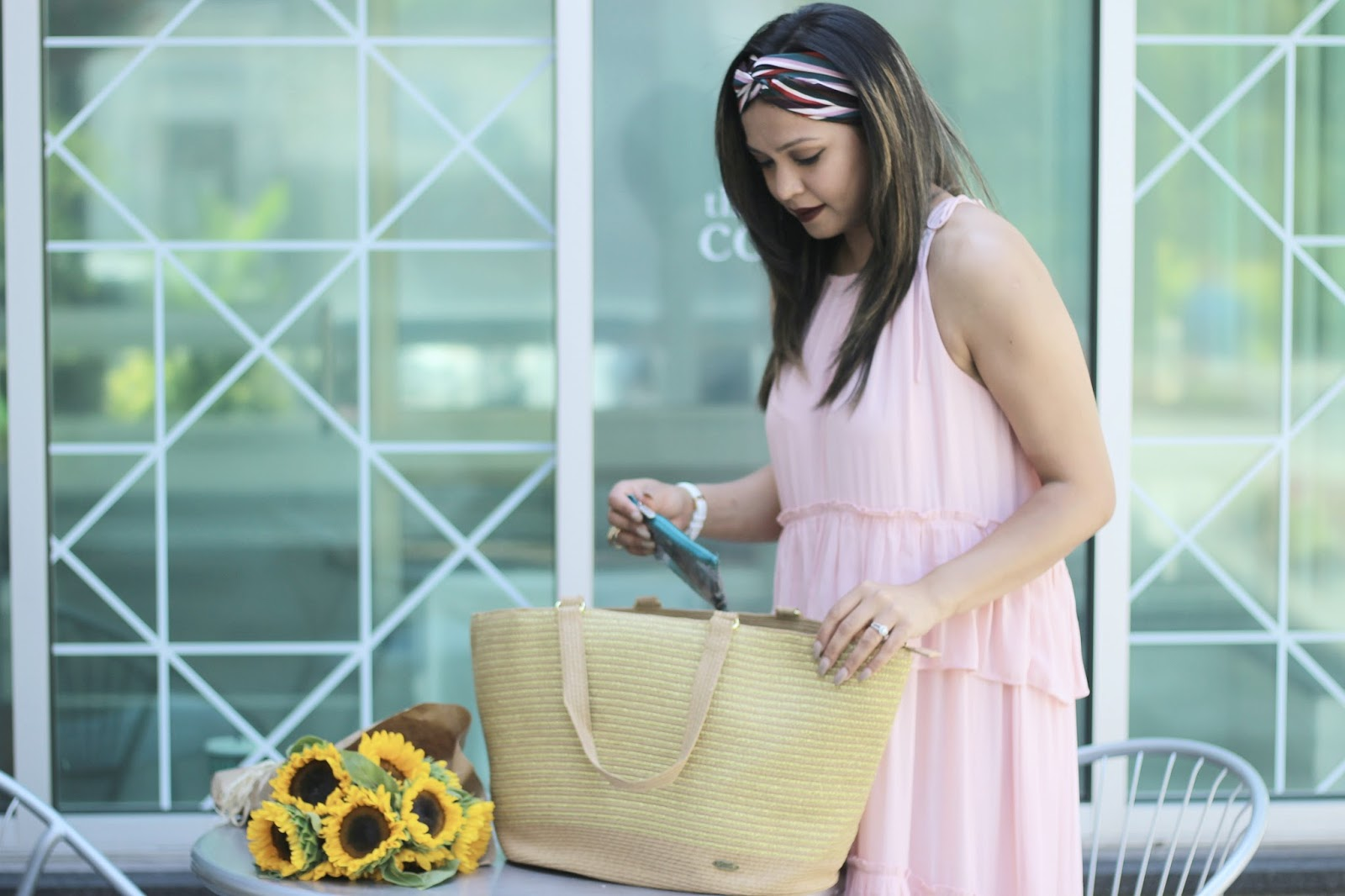 what is in my bag, straw tote bag, beach bag, how to style a ruffle maxi peach dress, loft dress, cappelli bag , myriad musings, beach style , burgundy lips, head turban, band