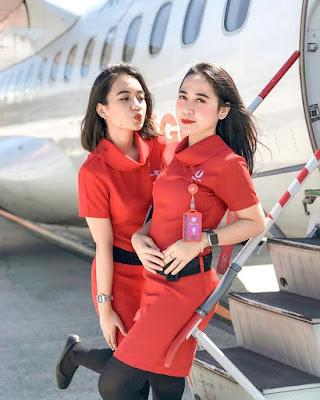 pramugari manis dan seksi Indonesia