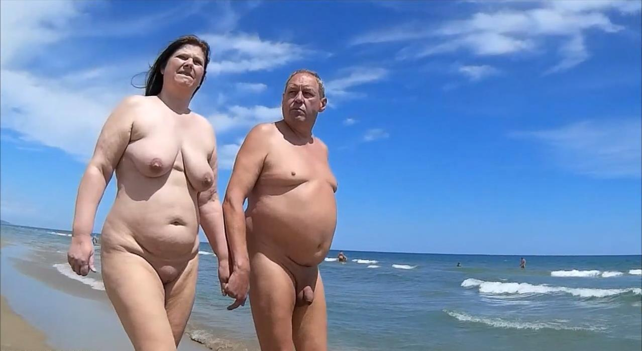 Cute girl nude beach that's hot