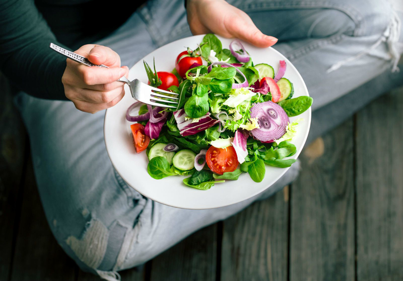 10 Easy Tips For Sticking To A Healthy Diet
