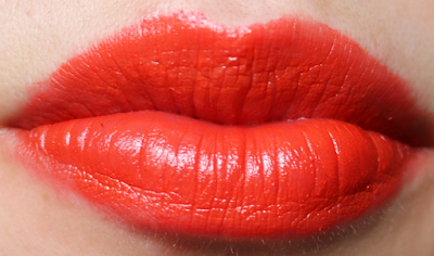 Dolce & Gabbana Classic Cream Lipstick in Venere 236 review and swatches