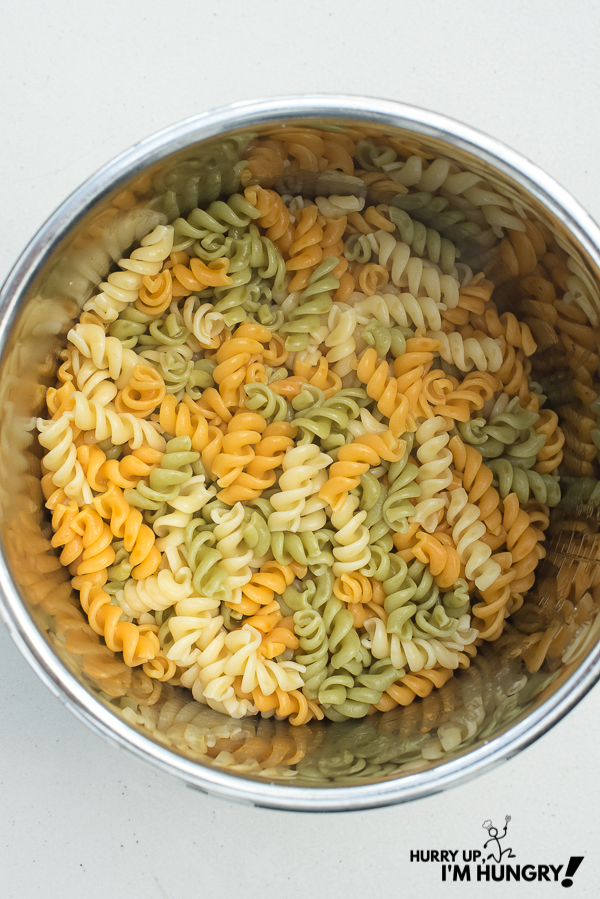 Tips and instructions for how to cook pasta in Instant Pot