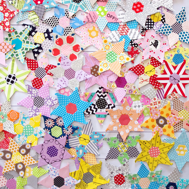 Daisy Chain English Paper Piecing project | Red Pepper Quilts 2016