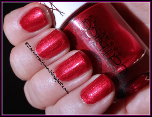 Catrice: Alluring Red