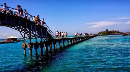 4 Tempat Wisata Pantai di kota Jakarta yang Paling Recommended