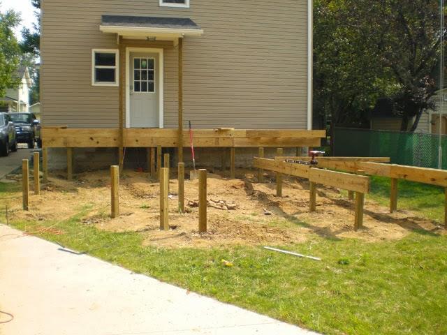 Deck Build | Part Four - Building Up - Danks and Honey